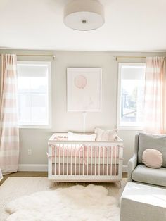 Get inspired to prepare and create the perfect room for your baby girl. These baby girl nursery ideas can help you create a cute girly room style. Baby Bedroom, Baby Room Decor, Nursery Room, Wall Decor, Wall Art, Baby Room Design, Nursery Design, Small Nurseries, Baby Nursery Neutral