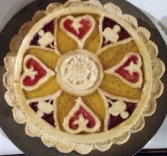 Food History Jottings: A 'cut laid tart' made from a design published in Robert May's The Accomplisht Cook (London: 1660)