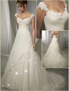 Elegant Wedding Dress, Wedding Dress Styles, Dream Wedding Dresses, Wedding Attire, Bridal Dresses, Wedding Gowns, Bridesmaid Dresses, Beautiful Gowns, Beautiful Beautiful