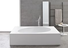 A #bathtub for two! The generous size of this stunning luxury bathtub can accommodate two people: Aki by #MastellaDesign #interiordesign #bathdesign