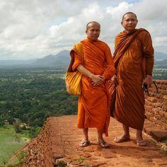 "Findery: ""Explore Sri Lanka"""