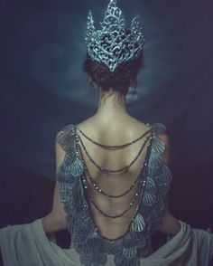 Read Princesas from the story FOTOS by QuenKendal (Letícia Rodrigues) with reads. Fantasy Photography, Fashion Photography, Jewelry Photography, Magical Photography, Fall Photography, Foto Art, Halloween Kostüm, Belle Photo, Faeries