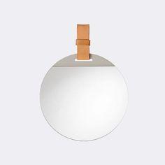Spiegel voor toilet beneden? www.fermliving.com Enter Mirror eur. 82