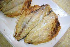 만물상에 소개된 전자레인지로 3분만에 '생선' 굽는 특급비법 안녕하세요. 코코언니에요^^ 생선을 구울 때면 불도 필요하고, 기름이 튀기도 하고, 연기도 나고, 온 집안에 냄새도 나고... 정말 난리도 아니죠...