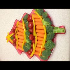 Christmas tree vegetable tray; thats right....made the turkey, this is my next vege tray :-)