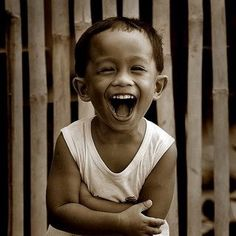 Take Pleasure in Sharing the Joy of Laughter-Ways to get kids laughing Smile Face, Your Smile, Make You Smile, Happy Smile, Happy Faces, Happy Boy, Smile Kids, Beautiful Smile, Beautiful Children