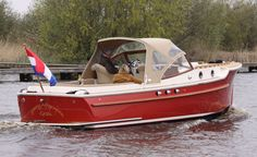 Chris Craft Boats, Shrimp Boat, Classic Wooden Boats, Deck Boat, Vintage Boats, Wooden Boat Plans, Boat Accessories, Ford Mustang Gt, Speed Boats