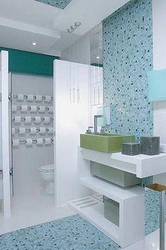 Banheiro com pastilha azul   Flickr   Photo Sharing