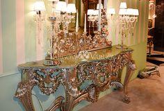 """Всем привет, хотим поделиться некоторыми фотографиями, которые мы сделали на выставке """"Salone del Mobile 2016"""" с 12 по 17 апреля в Милане. Этими фотографиями хотелось передать качество, красоту и элегантность столярных элементов и новых видов отделок мебели. И как всегда мы предлагаем мебель, свет, текстиль из Италии и Испании по самым лучшим ценам в Москве, напрямую с фабрик! Обращайтесь: +7(916)639-33-56"""