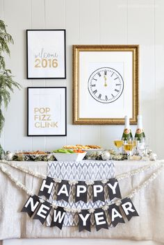 New Year's Eve Printables- banner w/numbers, art work, drink tags/flags and cupcake toppers