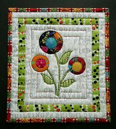 flower mug rug.