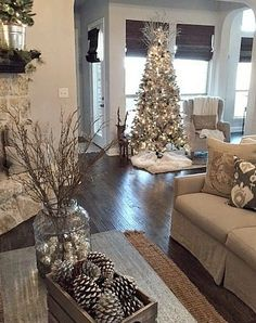 50+ Beautiful Christmas Tree Decoration Ideas_52