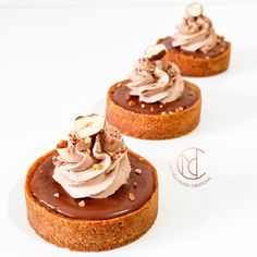 Tartelettes choco noisette You will not be able to resist these delicious tartlets for a long time, composed of a sweet dough, a hazelnut cream, a chocolate hip cream all topped with a milk chocolate mousse!