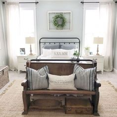 Modern farmhouse design integrates the traditional with the brand-new makes any kind of room super relaxing. Discover ideal rustic farmhouse bedroom decor ideas as well as style suggestions. Farmhouse Style Bedrooms, French Country Bedrooms, Farmhouse Master Bedroom, Farmhouse Style Kitchen, Country Farmhouse Decor, Master Bedroom Design, Home Decor Bedroom, Bedroom Ideas, Farmhouse Décor