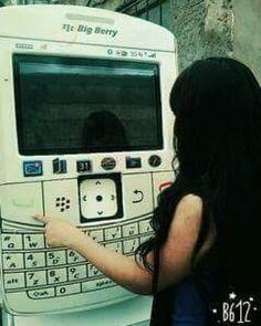 #inst10 #ReGram @chanchalsingh756: Dedicated to all my Blackberry Lovers in Whole World its a BigBerry.  #Special_world #Blackberryworld #Bbmpins #mysecret #mysecretlove #BlackberryLover #LoveForBB #thirteenthyears #blackberry  #BlackBerryClubs #BlackBerryPhotos #BBer #BlackBerryStore #Store #OldBlackBerry #OS7 #BlackBerryBold #Bold #BlackBerry9900
