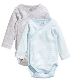 These body suit / footie pants combos from H&M are the BEST outfits for newborns. Easy diaper changes and comfy extra wide waist band is gentle enough to lay flat on an umbilical stump. Organic cotton, too!