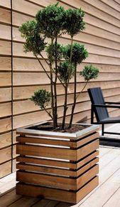 Flower Pots and Planters Design- 67 Outdoor Decor Ideas - flowers Wooden Planters, Outdoor Planters, Diy Planters, Outdoor Decor, Planter Ideas, Jardiniere Design, Nachhaltiges Design, Deco Design, Wood Design