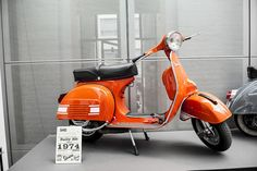 Vespa Rally 200, 1974 in the best colour! At the Vespa World Days 2013 museum
