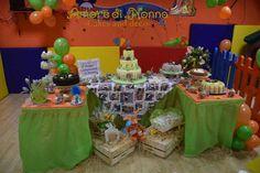 Peter Rabbit themed birthday party, ideas, dessrt table