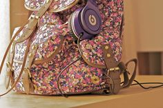 Discovered by Skellington. Find images and videos about fashion, photography and pink on We Heart It - the app to get lost in what you love. Floral Backpack, Backpack Purse, Girly Backpacks, Love Song Baby, Buy Bags, Favim, School Bags, Louis Vuitton Speedy Bag, Leather Bag