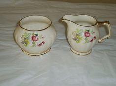 Vintage Sadler china -Sadler cream and sugar dish -vintage Sadler creamer set -vintage fine china -vintage serving -patern 33411 -floral