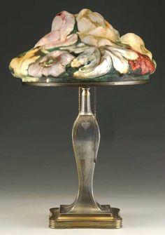 PAIRPOINT POPPY PUFFY LAMP Victorian Lampshades, Art Glass Lamp, Lamp, Beautiful Lamp, Art Deco Lamps, Art Deco Table Lamps, Vintage Lamps, Victorian Lamps, Lights Fantastic