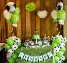 PRIMERA COMUNI�N PARA LOS M�S FUTBOLEROS Soccer Birthday Parties, Football Birthday, Baby Birthday, Party Decoration, Balloon Decorations, Birthday Decorations, Soccer Decor, Soccer Baby, Party Fiesta