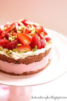 Túrós- mascarponés epertorta Cheesecake, Food And Drink, Yummy Food, Sweet, Recipes, Honey, Kitchen, Candy, Cooking