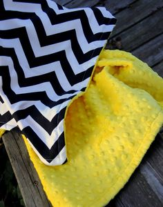 Baby Quilt Chevron Black and White w/ Yellow Bubble by Lolasitas--this is an idea for a quilt you could make, except quilt this, it isn't quilted