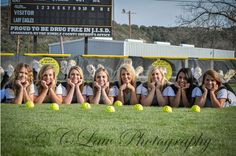 Cute idea for softball pics! Softball Team Pictures, Baseball Pictures, Cheer Pictures, Sports Pictures, Cheer Pics, Volleyball Pics, Senior Softball, Girls Softball, Senior Guys