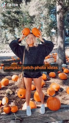 Halloween Gif, Halloween Costumes For Teens, Halloween Pictures, Halloween Signs, Scary Pumpkin, Cute Pumpkin, Autumn Photography, Photography Poses, Pumpkin Patch Photography