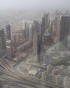 View from Burj khalifa, at the top Dubai 2012  #missdubai #dubai #safari #safaridesertdubai #2012 #2012dubai #elegant #luxury #luxurylife #happytimes #mylovelyhusband #dubai #dubaisafari #tbt #tb🔙 #oldtimes #livelife #love #burjkhalifa #dubaifountain