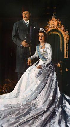 a3c25a076 حرصت الملكات والأميرات العرب منذ سنوات وحتى اليوم على أن تكون إطلالتهن بحفل  زفافهن شديدة الأناقة