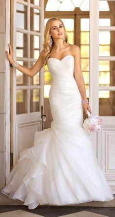 Loving this Wedding Dress ♥