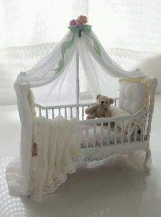 Dollhouse miniature / white baby crib / artist made OOAK / bed,cot