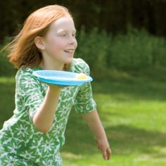 Wacky Waiter Game -in this relay they must carry a plastic plate (waiter style) with a ping pong ball on it. Relay Games, Fun Games, Party Games, Games For Kids, Summer Games, Summer Activities, Teamwork Activities, Family Reunion Games, Family Reunions