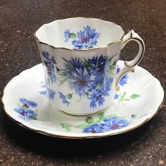 OPTIONAL: Candle/Potpouri Tea Cup is made to order with desired scent option of unscented, vanilla, or lavender. Soy wax candle is melted and hand-poured into this beautiful vintage tea cup. Potpourri comes in white mesh material tied with decorative ribbon. Prepare your senses