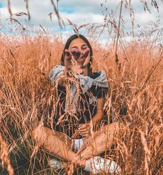 h courses in Delhi, free pictures, … – girl photoshoot poses Portrait Photography Poses, Tumblr Photography, Photo Poses, Creative Photography, Photography Career, Photography Flowers, Photography Ideas, Landscape Photography, Digital Photography