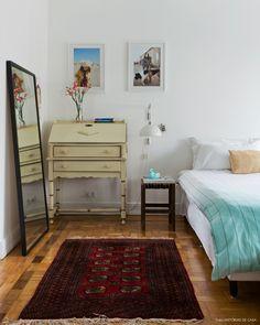 Mais do que ter uma casa bonita, importante é ter uma casa que faça sentido – então foi esse o intuito de Nanda Sansone ao criar a decoração de seu apê.