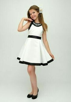 dress patterns for plus size dress patterns for wedding dress patterns for ladies 2019 dress patterns for beginners dress patterns from old saree Cute Little Girl Dresses, Cute Girl Outfits, Cute Outfits For Kids, Baby Girl Dresses, Baby Dress, Cute Dresses, Girls Fashion Clothes, Tween Fashion, Fashion Dresses