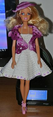 Ravelry: Completino in cotone per Barbie pattern by anna maria