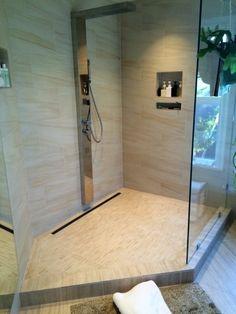 Aquabrass Mon Amour Shower Column #Aquabrass #Shower #MonAmour
