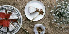 Petite Kitchen's three-ingredient walnut cake - Viva