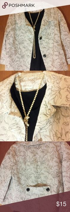 Pewter and Silver Floral Embroidered Jacket. 14 Pewter and Silver Floral Embroidered, Cream. Swing Jacket. Rounded peter pan type color, cuffed, 3/4 length sleeves, side slit pockets, solid black large buttons, and fully lined. Jacket is in great condition. Jones New York Jackets & Coats Blazers