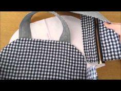 Vida com Arte   Bolsa Paris por Lia Toledo - 31 de março de 2016 - YouTube Fabric Wallet, Fabric Purses, Fabric Bags, Summer Handbags, Purses And Handbags, Diy Rag Dolls, Love Jeans, Diy Purse, Wallet Pattern