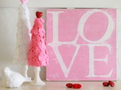 LOVE Valentine's Day Sign tutorial  #valentinesday #decor