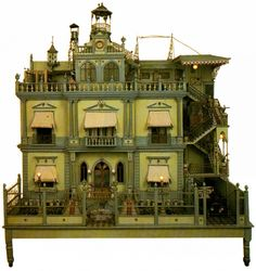 Mexican Mansion doll house discovered in antique shop in Puebla