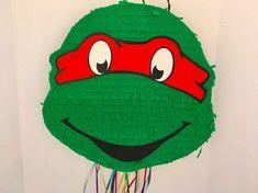 TMNT RAPH PIÑATA, fiesta de cumpleaños de las Tortugas Ninja, favor, pull cadena piñata doble cara (Raph y Leo) de TRUSTITI en Etsy https://www.etsy.com/es/listing/504525502/tmnt-raph-pinata-fiesta-de-cumpleanos-de