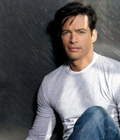 Yes - Harry Connick Jr. - great musician and funny guy!