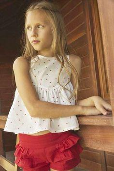 45ebf60c1 DADATI Short niña rojo con volantes fruncidos Regalos Originales